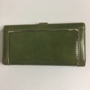 Kenneth Cole Green Leather Wallet